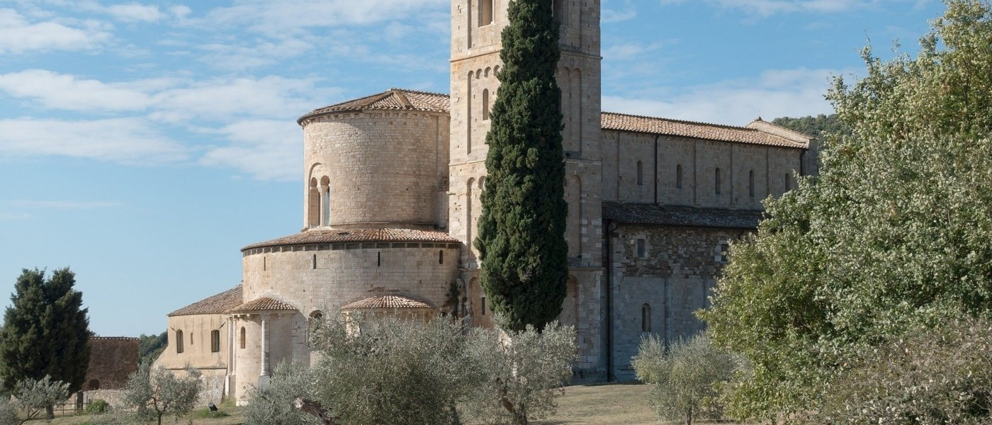 best win experiences in Montalcino in Italy - Wine Paths