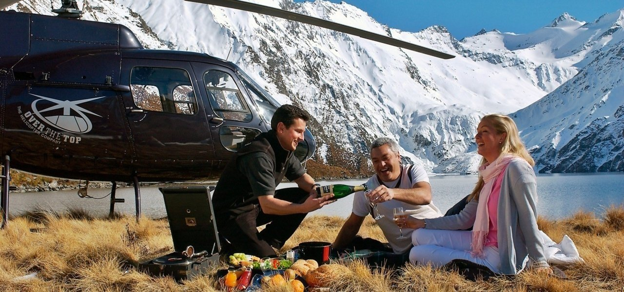 Helicopter tours - Wine Paths