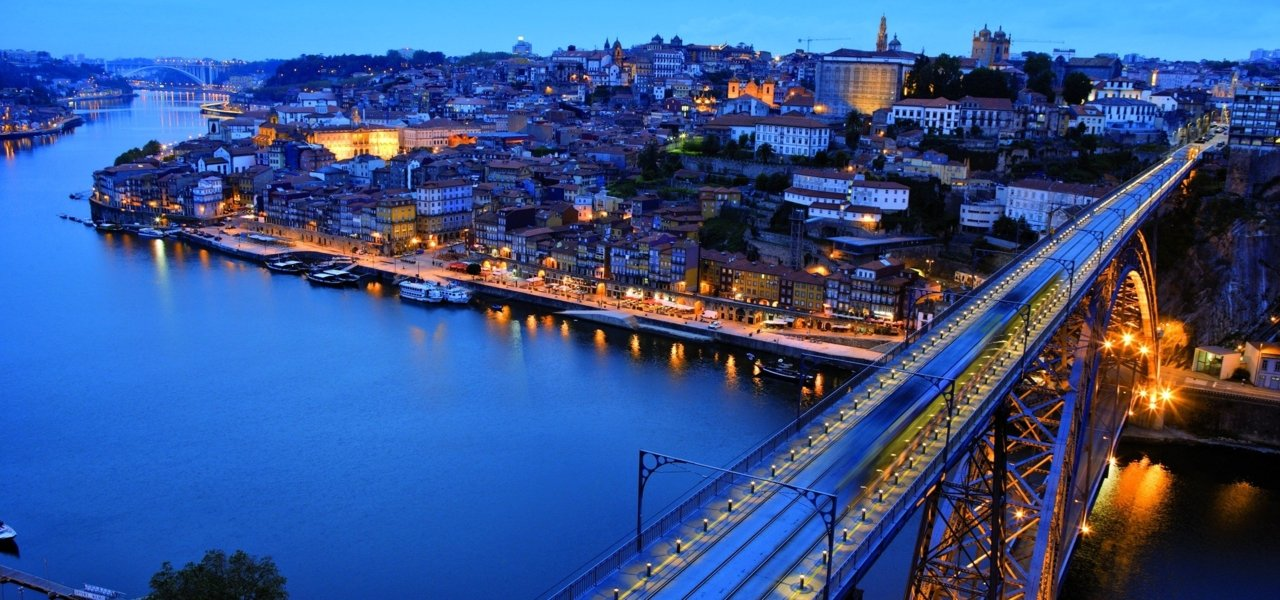 Porto and Eiffel's bridge