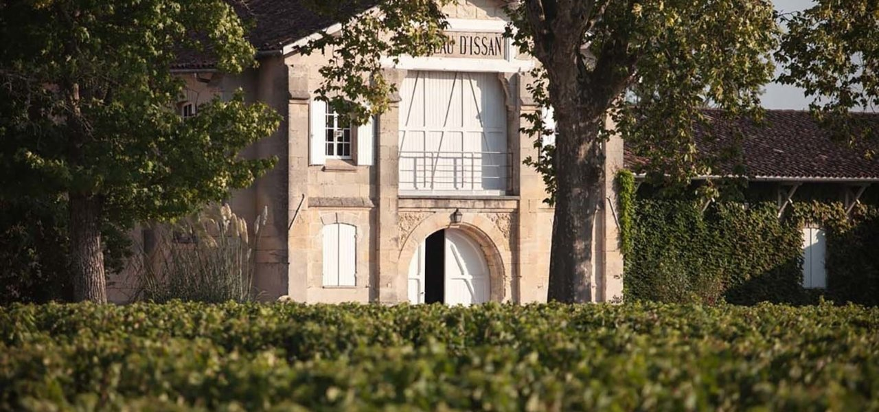 Wine tasting in Chateau d'Issan