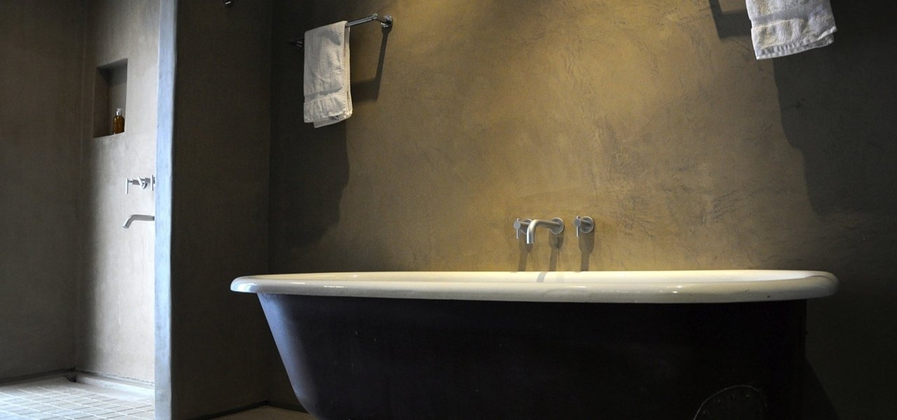 Alpasion Lodge Clawfoot Bathtub