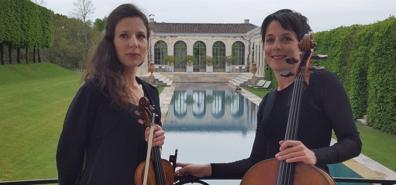 Marianne and Prisca preparing for a private concerto at the Orangerie.