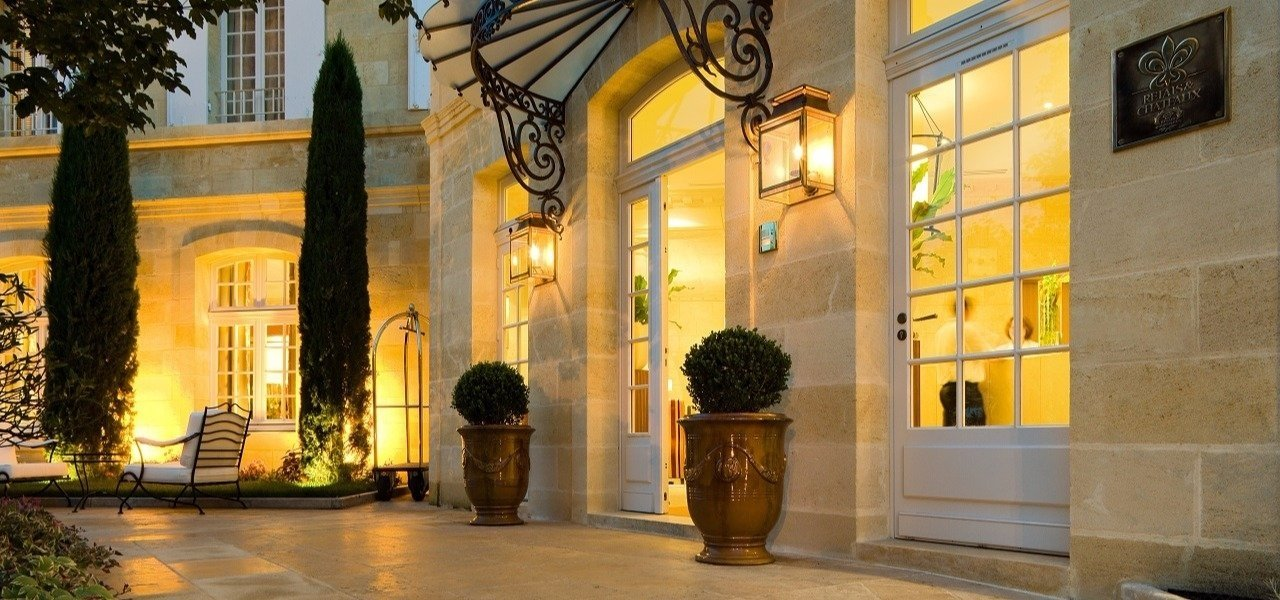 Entrance_Hostellerie_de_Plaisance
