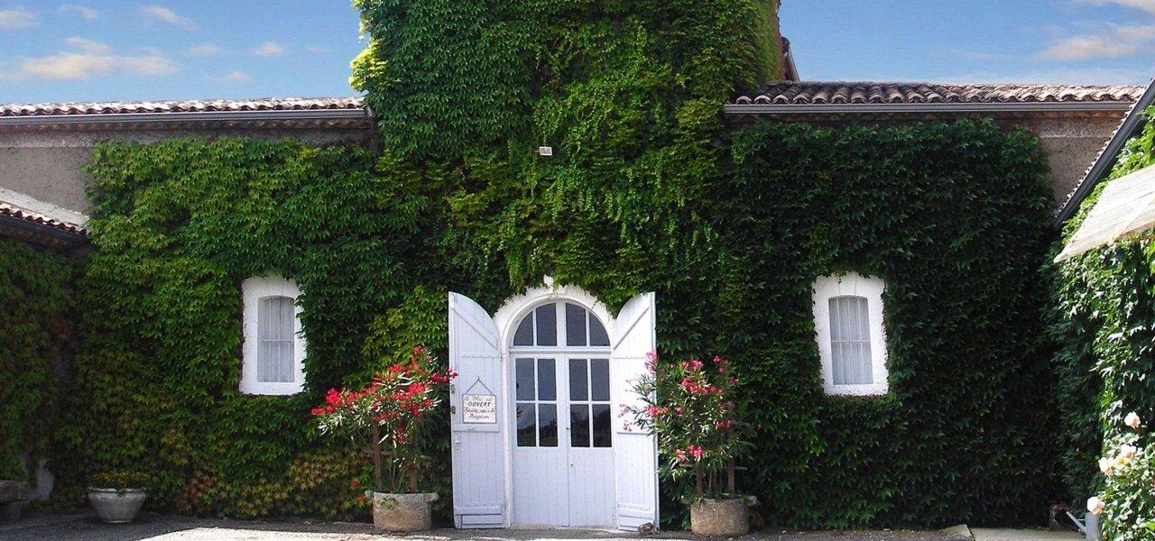 visit Château Clos Haut Peyraguey