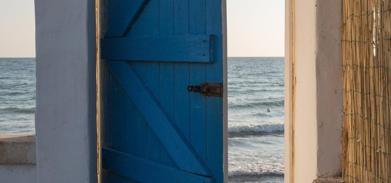 A door to the sea