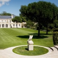 Partner A Classified Growth in a delightful setting near Bordeaux photo