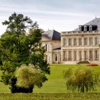 Partner Elegance and finesse in Saint-Estèphe photo